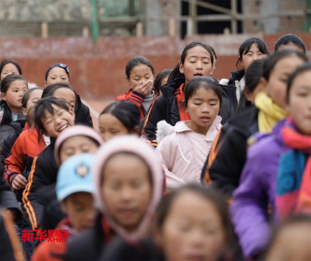 新华一天零一夜 | 石咀小学·模拟法庭公益活动